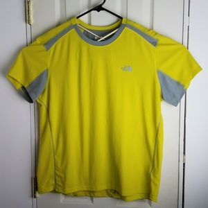 The North Face Flash Dry Athletic Mens Shirt XL